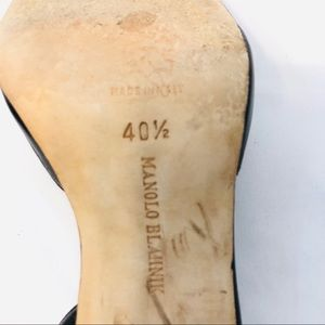 Manolo Blahnik Shoes - Manolo Blahnik Slingback Heels